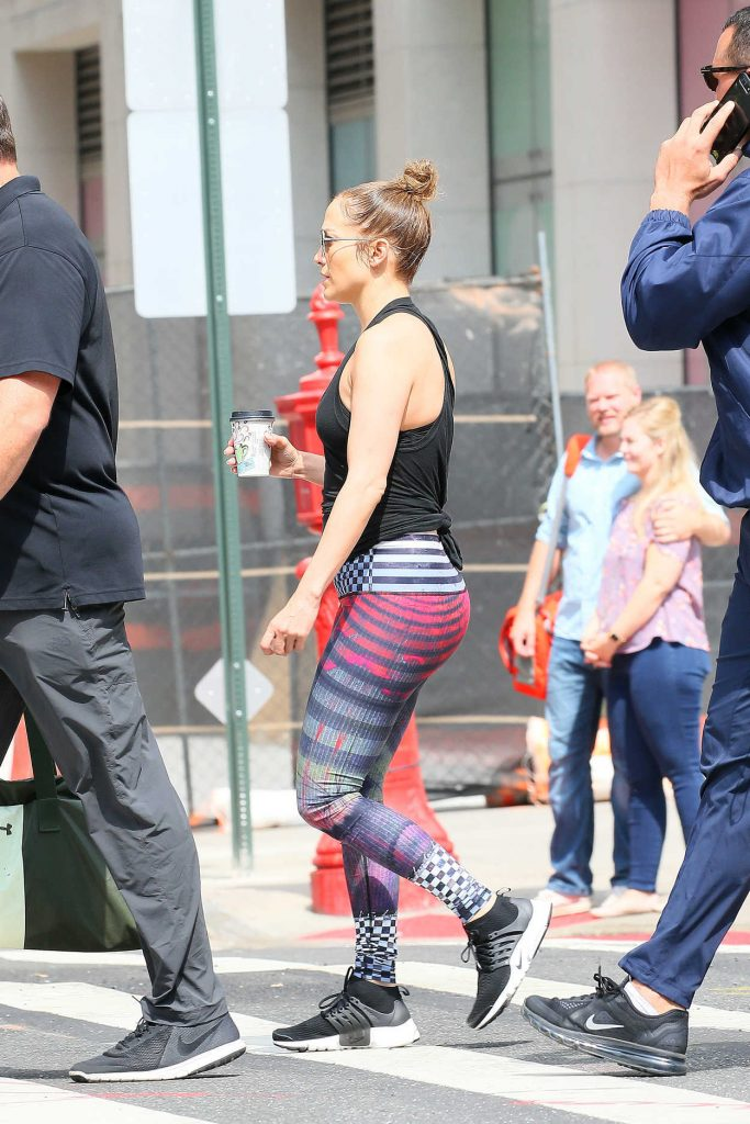 Jennifer Lopez Leaves the Gym in Downtown Manhattan, NYC 07/29/2017-2