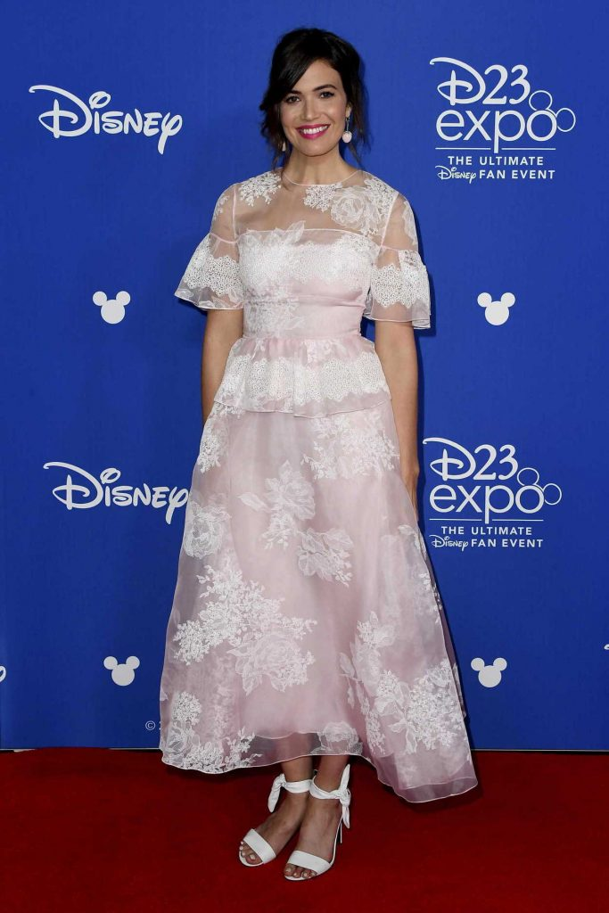 Mandy Moore at the 2017 Disney D23 Expo in Anaheim 07/15/2017-1