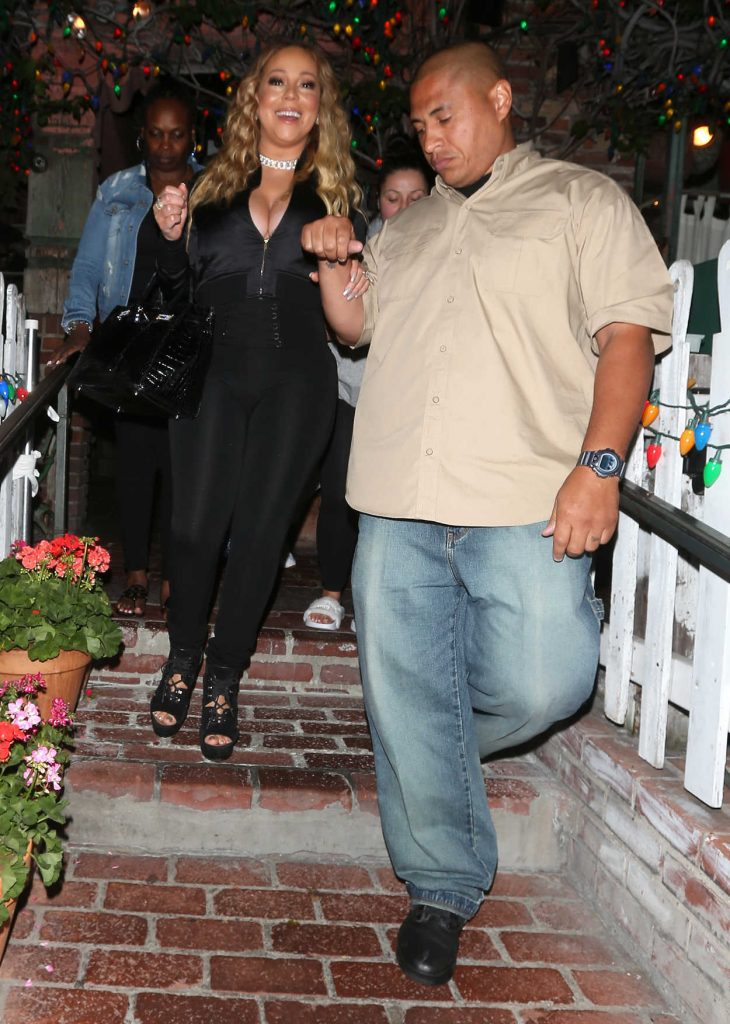 Mariah Carey Leaves The IVY Restaurant on Robertson Blvd in West Hollywood 07/29/2017-2