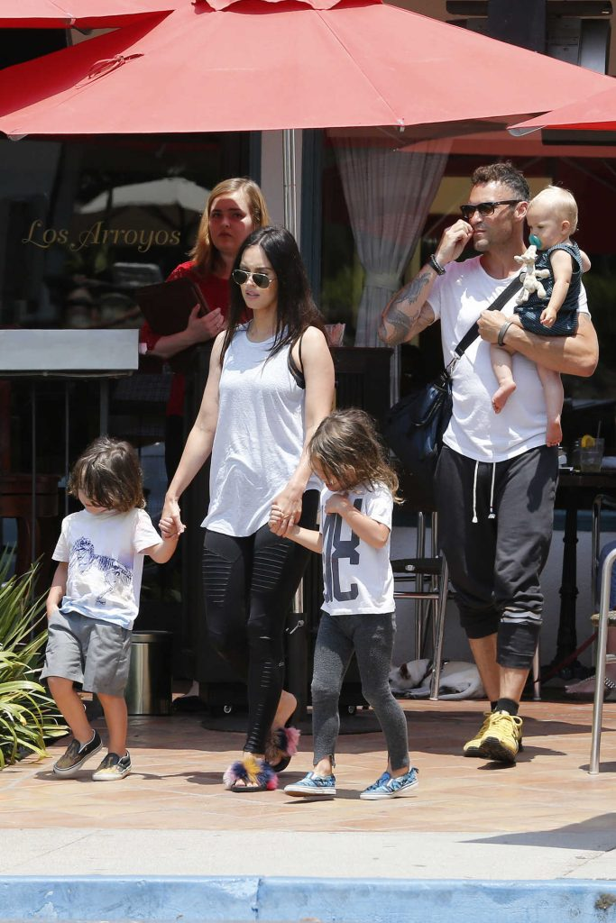 Megan Fox and Brian Austin Green Take Their Kids to the Zoo in Santa Barbara 07/09/2017-1