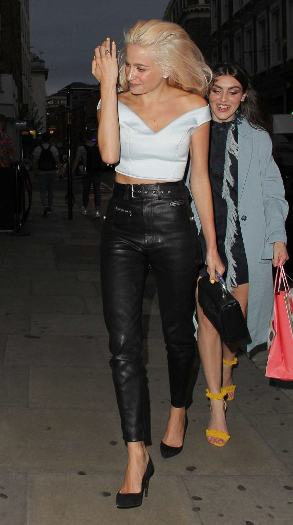 Pixie Lott Night Out in London Covent Garden 07/29/2017-2