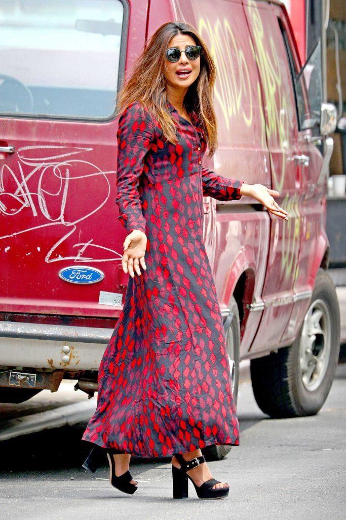 Priyanka Chopra Wears a Black and Red Printed Shirt Dress Out in New York City 07/28/2017-1