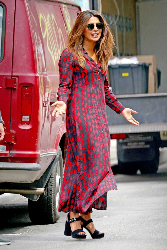 Priyanka Chopra Wears a Black and Red Printed Shirt Dress Out in New York City 07/28/2017-3