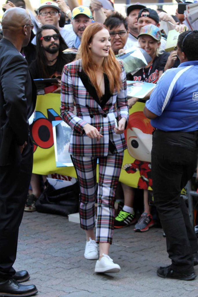Sophie Turner Rocks a Plaid Suit to Her Appearance on Conan During the San Diego Comic-Con International 07/22/2017-4
