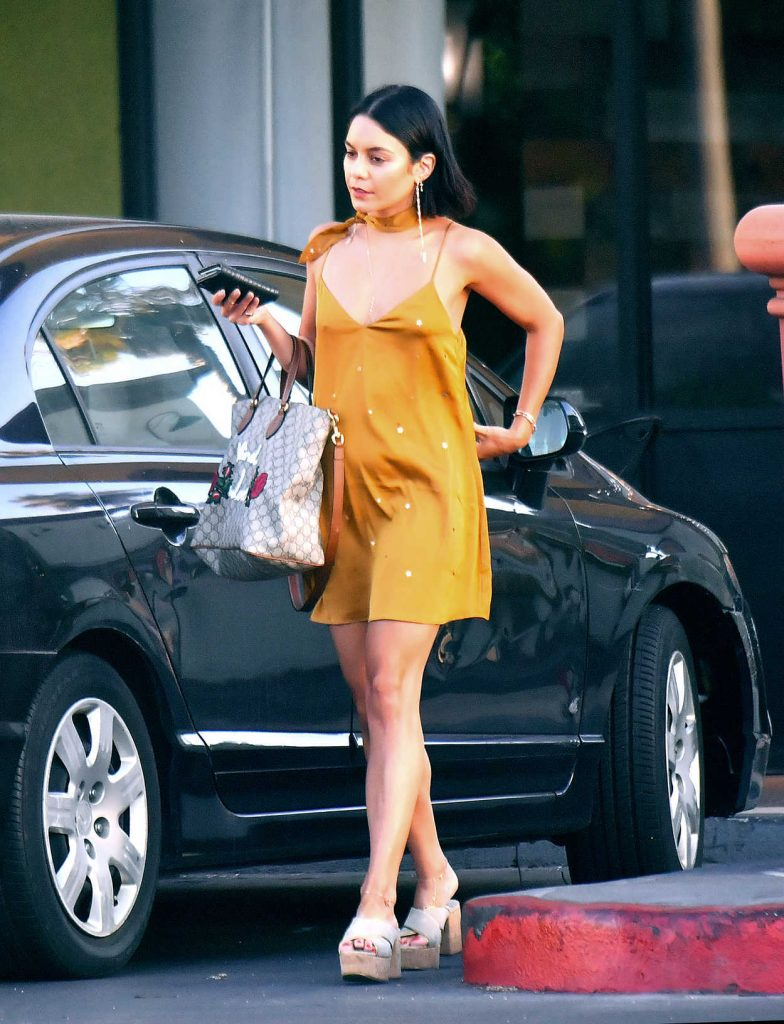 Vanessa Hudgens Was Seen Out in Los Angeles 07/06/2017-1