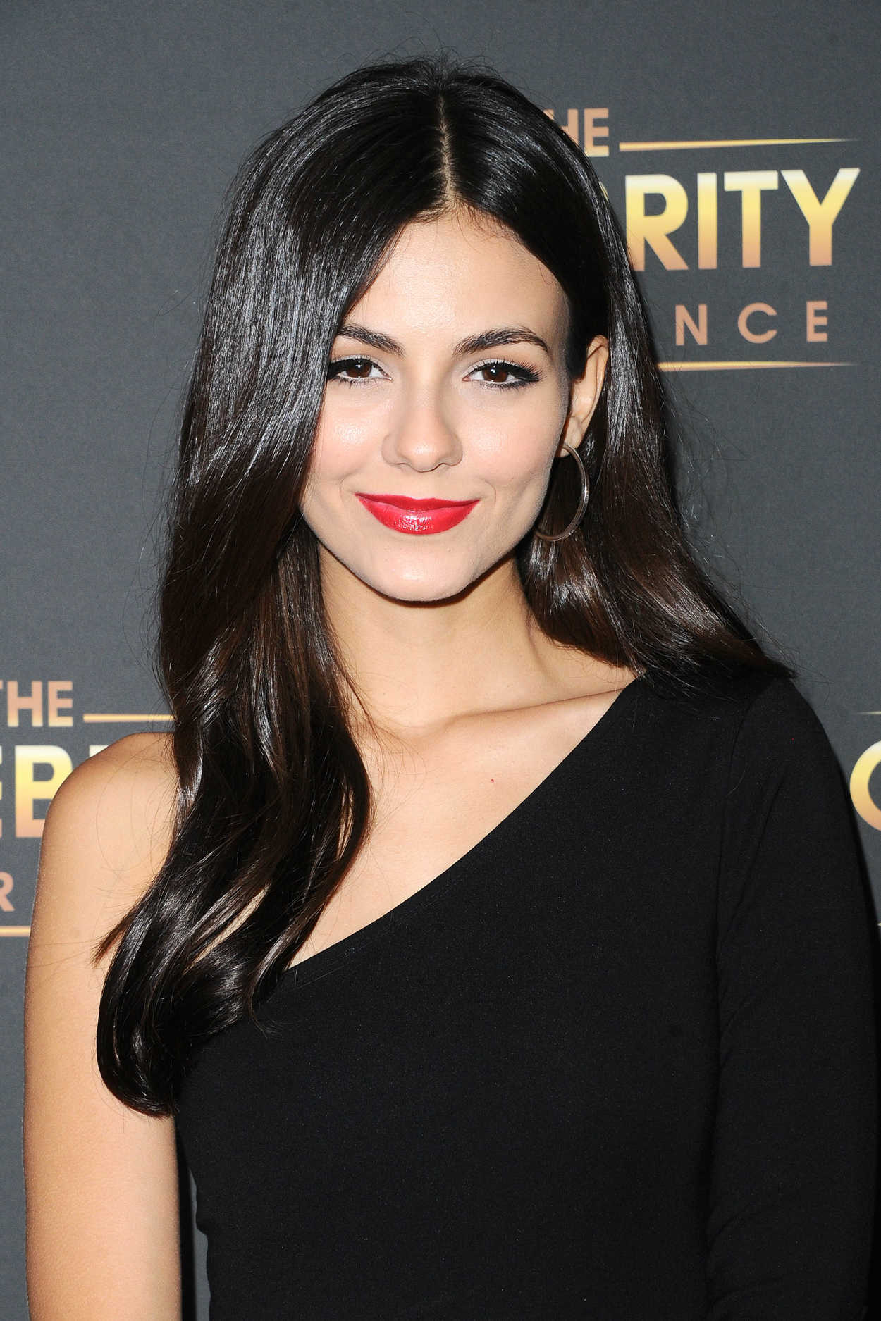 Victoria Justice At The Celebrity Experience With Victoria