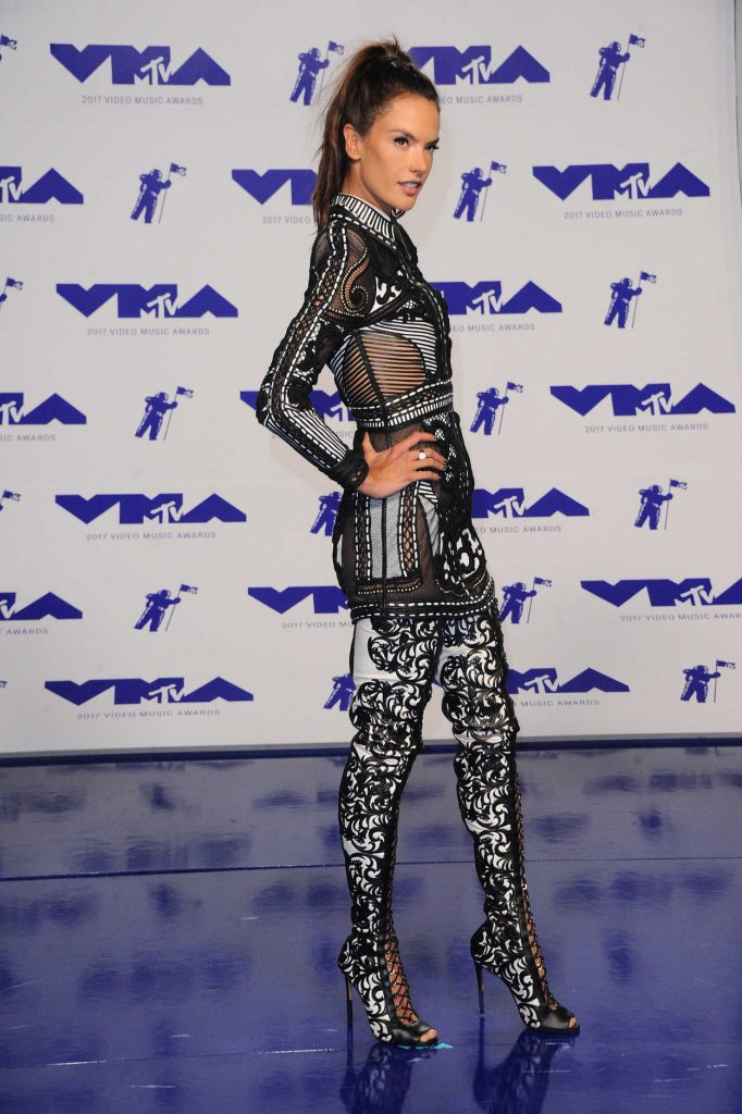 Alessandra Ambrosio at the 2017 MTV Video Music Awards in Los Angeles 08/27/2017-3