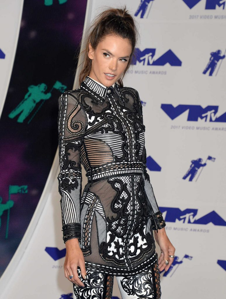 Alessandra Ambrosio at the 2017 MTV Video Music Awards in Los Angeles 08/27/2017-4