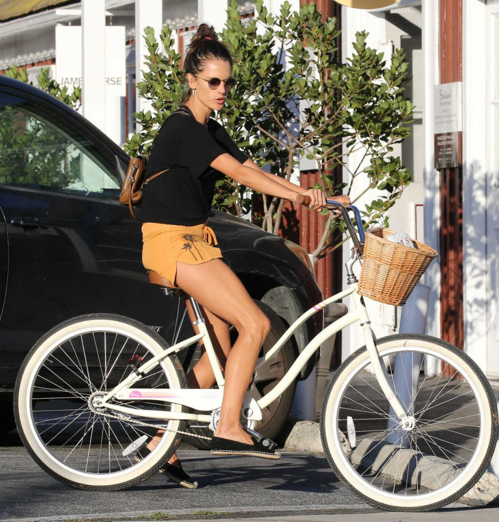 Alessandra Ambrosio Riding Her Bike in Brentwood 08/07/2017-3