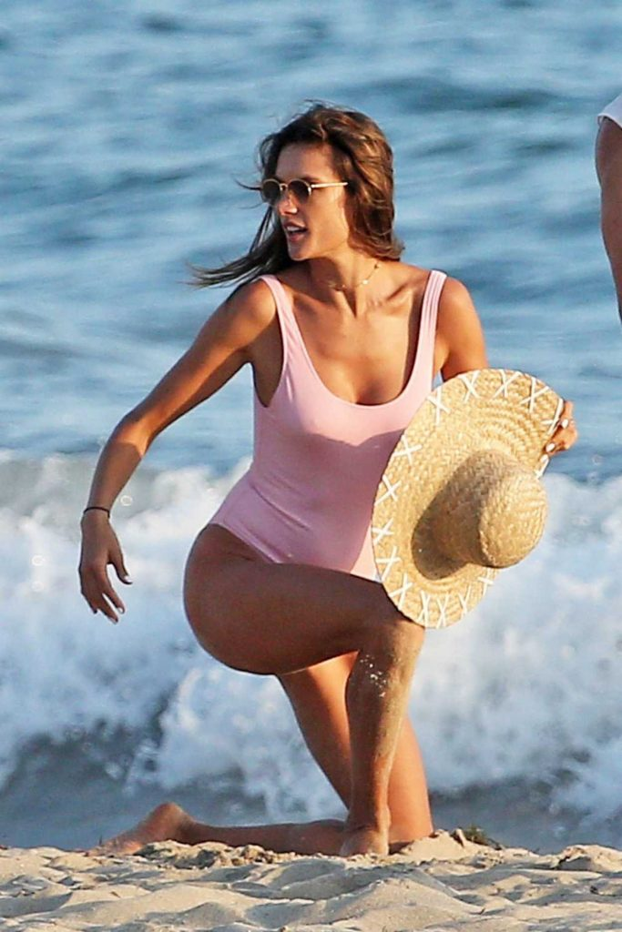 Alessandra Ambrosio Wears a Pink Swimsuit During a Photoshoot in Malibu 08/05/2017-4