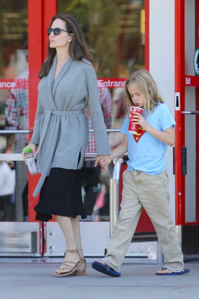 Angelina Jolie Goes Shopping at Target in Los Angeles 08/18/2017-1
