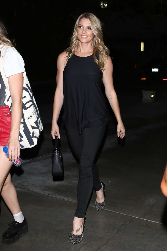 Ashley Greene Arrives for the Ed Sheeran Concert in LA With Paul Khoury 08/10/2017-2