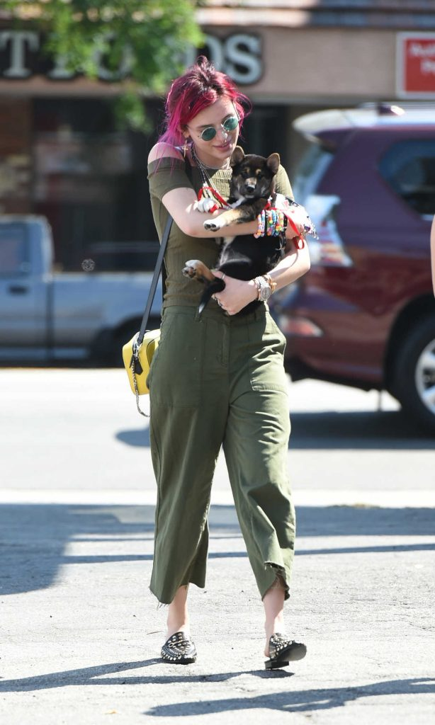 Bella Thorne Goes to Lunch in Los Angeles 08/06/2017-1