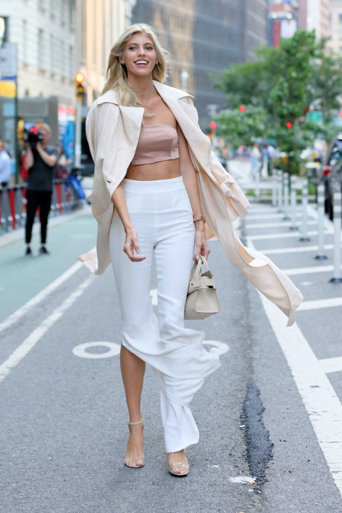 Devon Windsor Attends Castings for the 2017 Victoria's Secret Fashion Show in NYC 08/21/2017-4