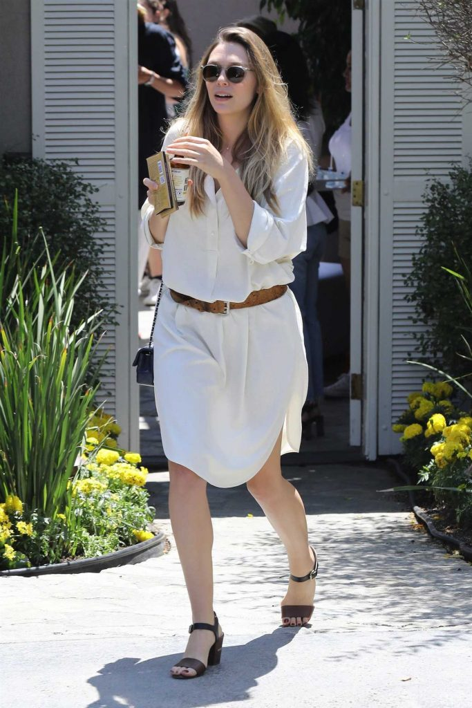Elizabeth Olsen Arrives to a Private Party in Brentwood 08/13/2017-1