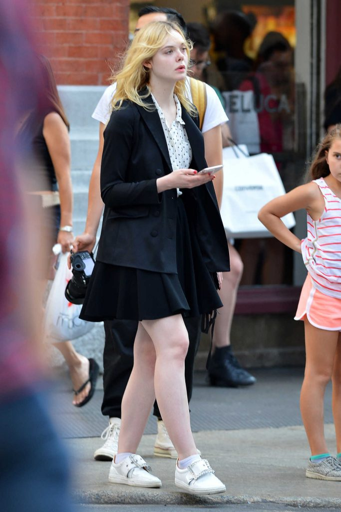 Elle Fanning Was Spotted Out in NYC 08/26/2017-2