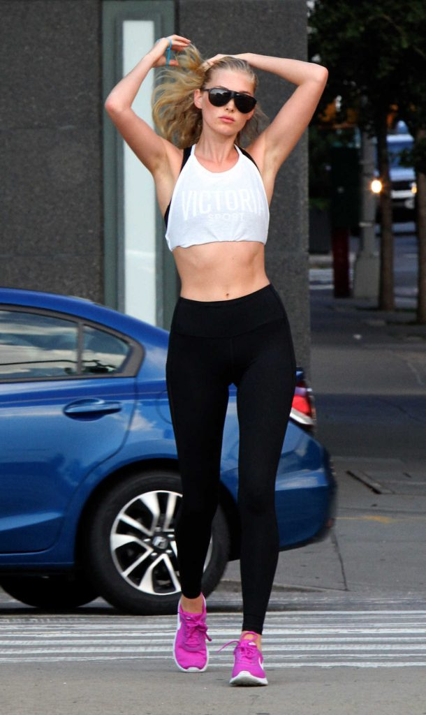Elsa Hosk Out for a Jog in NYC 08/03/2017-3