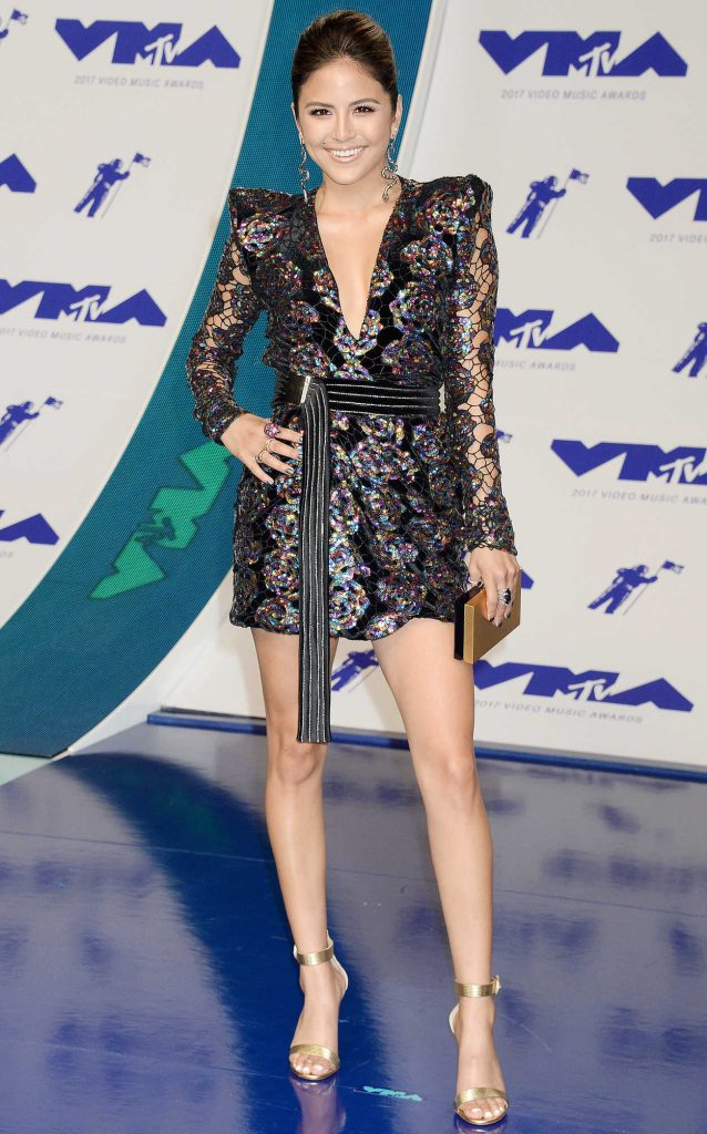 Erin Lim at the 2017 MTV Video Music Awards in Los Angeles 08/27/2017-1