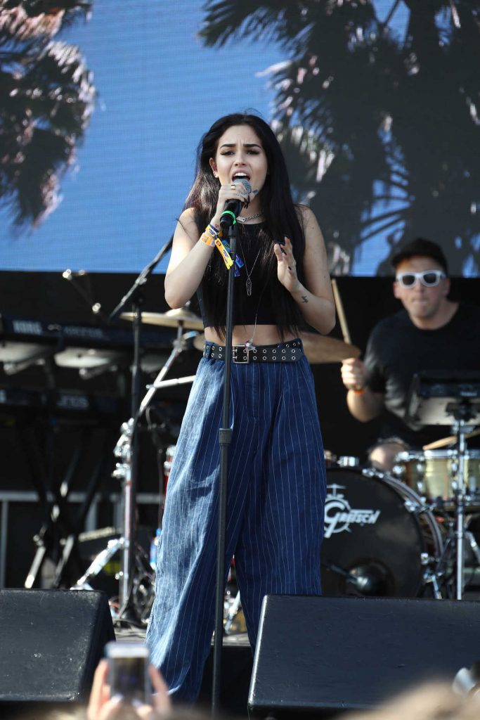 Maggie Lindemann Performes at Billboard Hot 100 Music Festival in New York City 08/20/2017-2