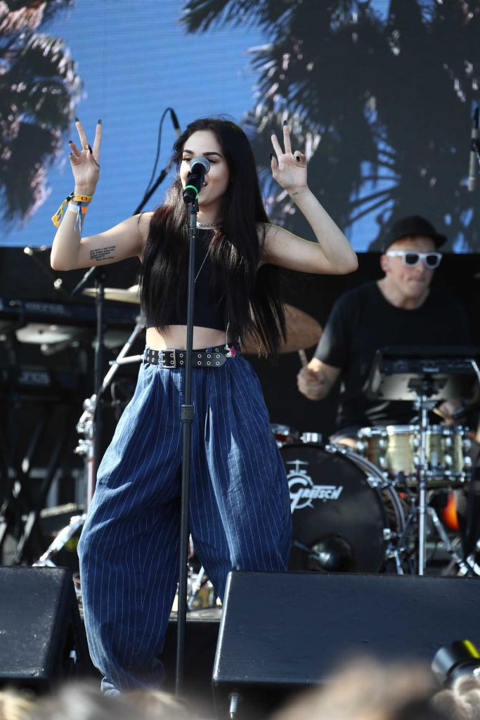 Maggie Lindemann Performes at Billboard Hot 100 Music Festival in New York City 08/20/2017-3