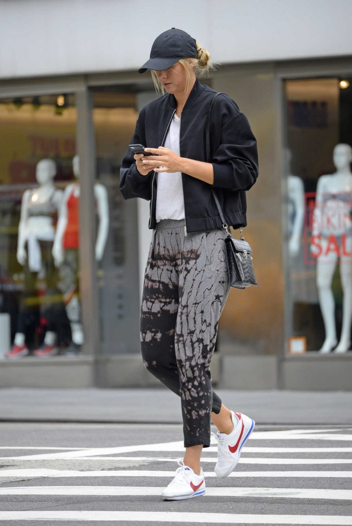 Maria Sharapova Was Seen Out in New York City 08/17/2017-3