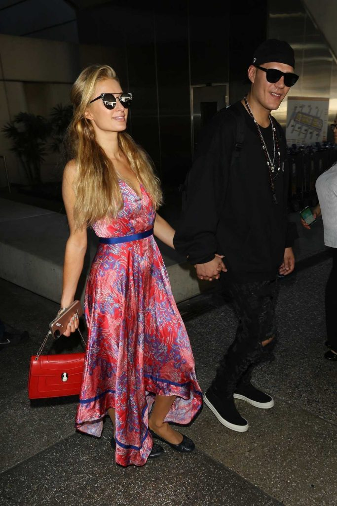 Paris Hilton Was Seen at LAX Airport in LA 08/28/2017-4