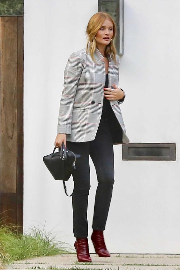 Rosie Huntington-Whiteley Arrives at a Party in Hollywood 08/23/2017-1