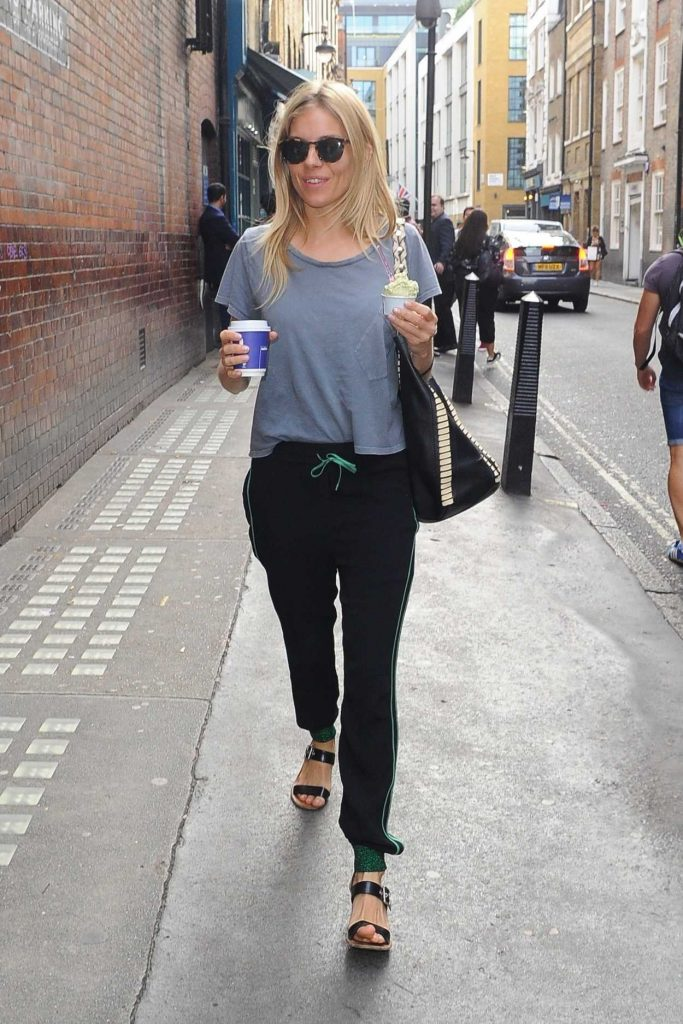 Sienna Miller Arrives at Apollo Theatre in London 08/24/2017-1