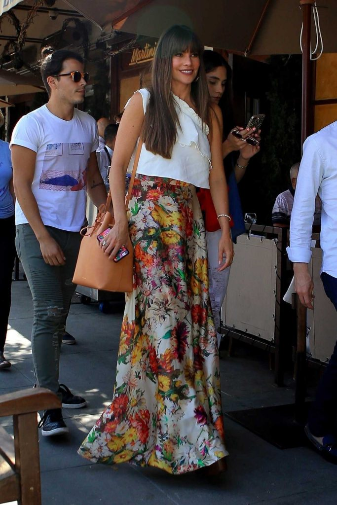 Sofia Vergara Leaves Il Pastaio Restaurant in Beverly Hills 08/14/2017-4