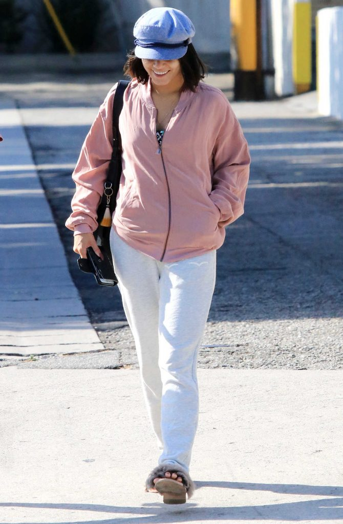 Vanessa Hudgens Leaves Pilates Class in LA 08/18/2017-1