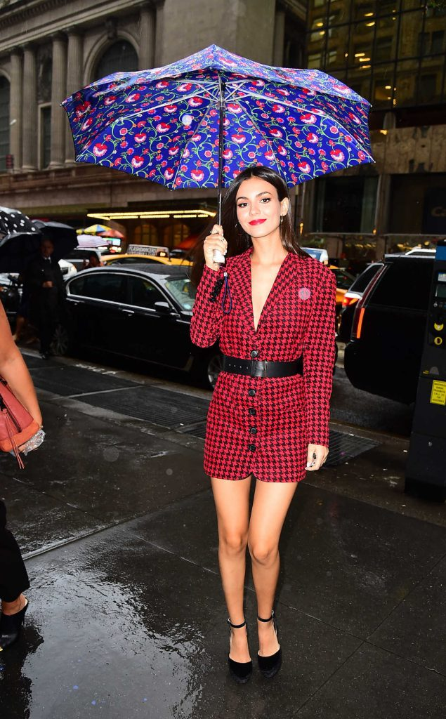 Victoria Justice Was Seen in Midtown in NYC 08/07/2017-5