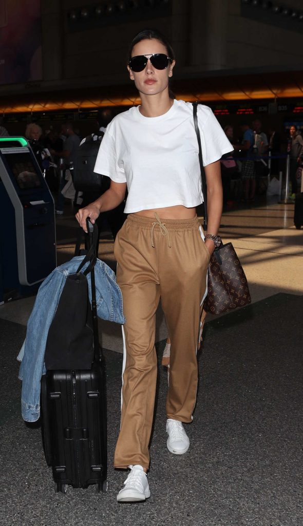 Alessandra Ambrosio Was Spotted at LAX Airport in LA 09/26/2017-1