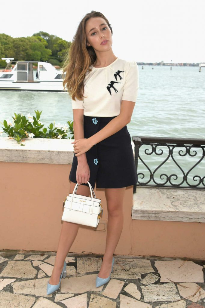 Alycia Debnam-Carey Attends an Intimate Lunch at Hotel Cipriani in Venice, Italy 09/01/2017-2