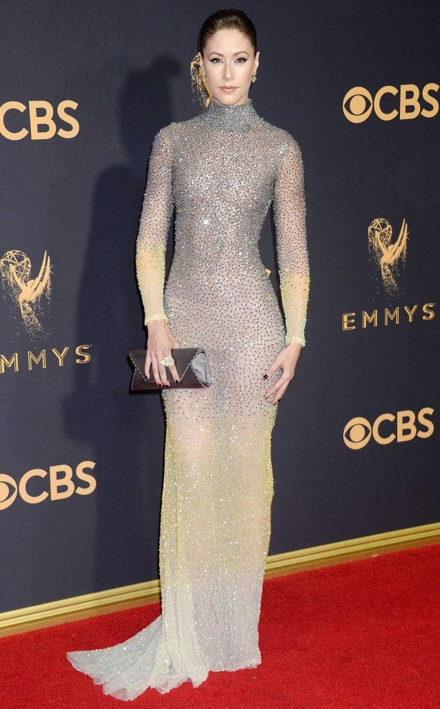 Amanda Crew at the 69th Annual Primetime Emmy Awards in Los Angeles 09/17/2017-1
