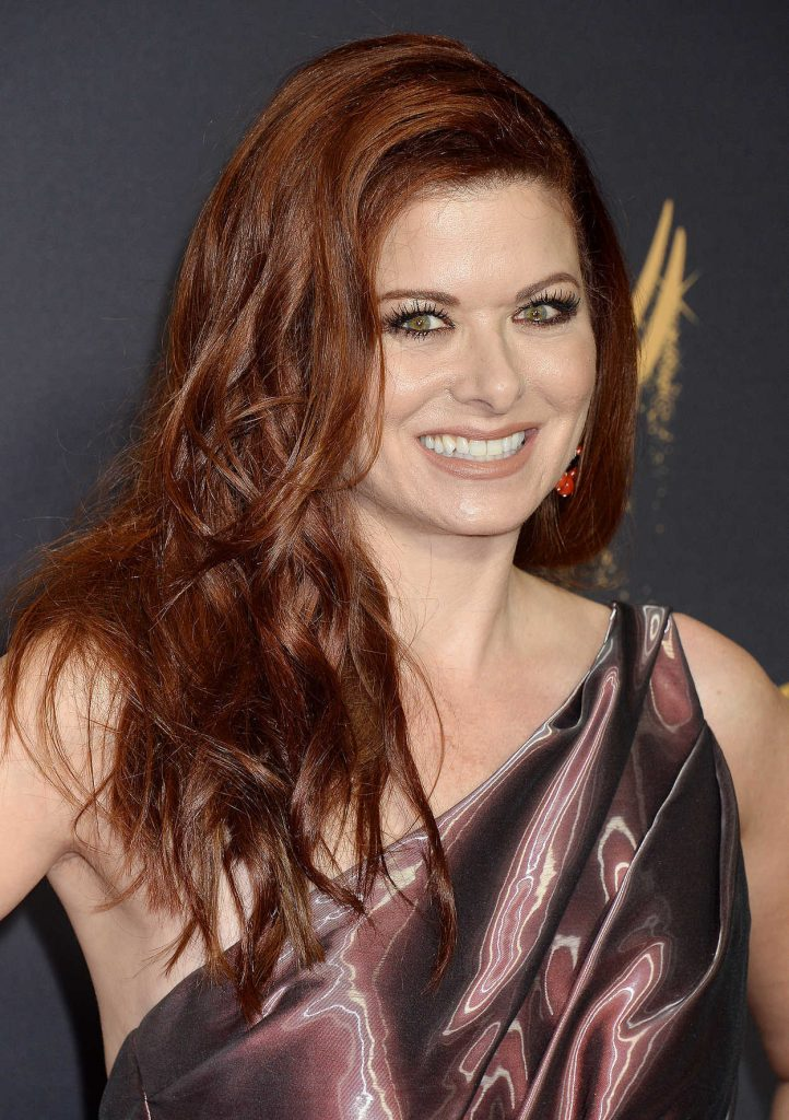 Debra Messing at the 69th Annual Primetime Emmy Awards in Los Angeles 09/17/2017-5
