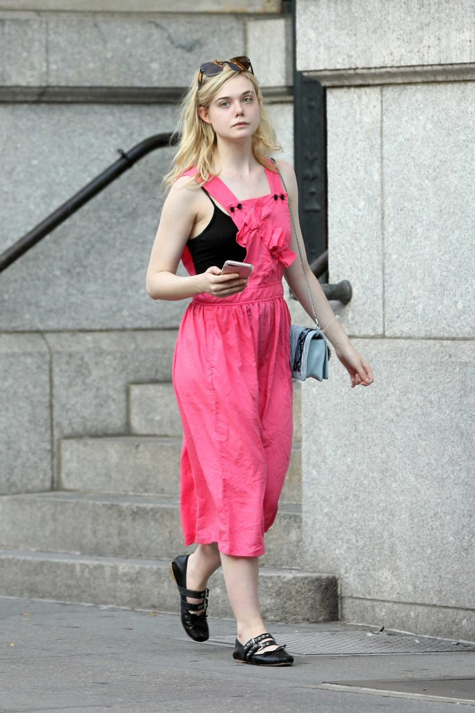 Elle Fanning Returns Home in Soho in New York City 09/04/2017-1