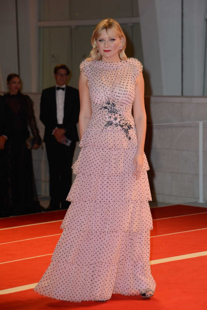 Kirsten Dunst at the Three Billboards Outside Ebbing, Missouri Premiere During the 74th Venice International Film Festival in Italy 09/04/2017-1