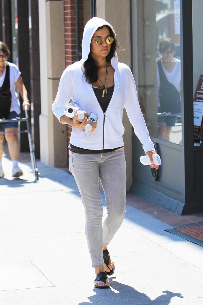 Michelle Rodriguez Was Seen Out in Beverly Hills 08/30/2017-3