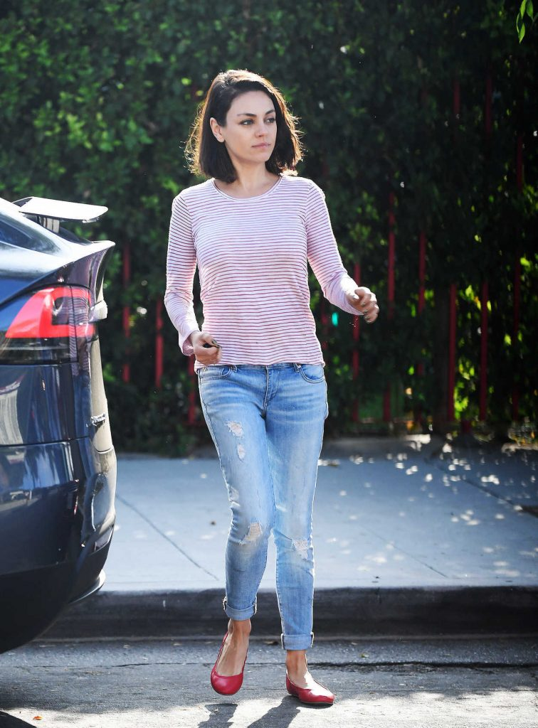 Mila Kunis Was Spotted Out in LA 09/20/2017-2