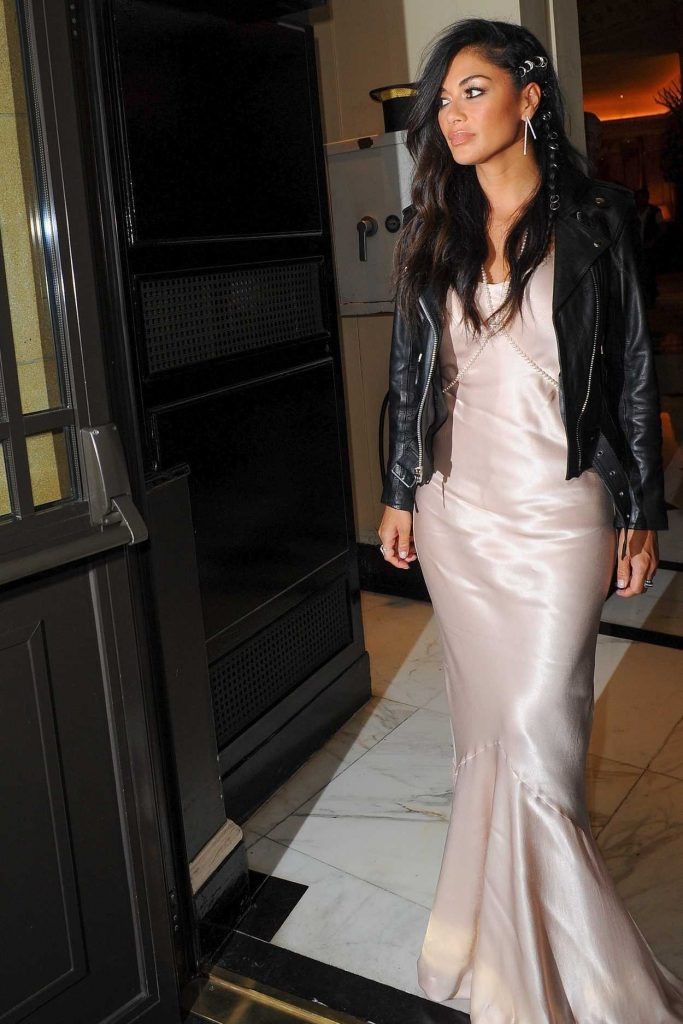 Nicole Scherzinger Arrives for Perfume Launch at Dorchester Hotel in London 08/31/2017-2