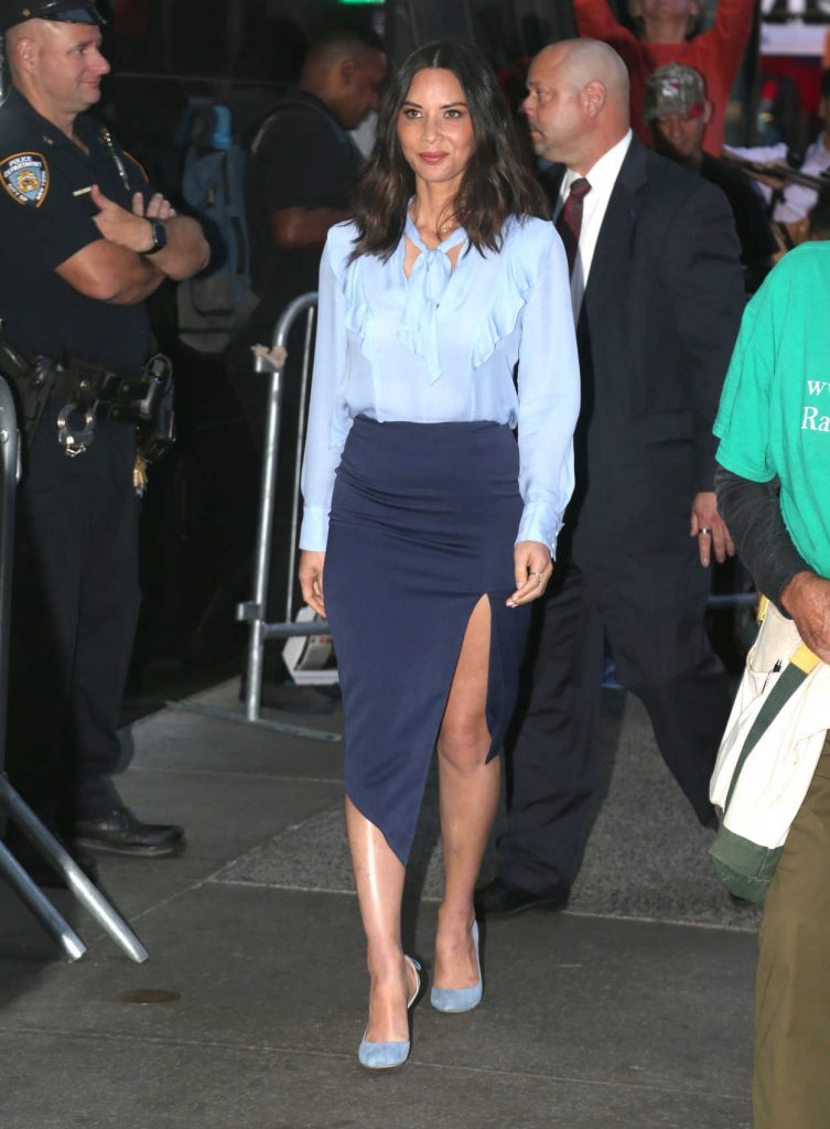 Olivia Munn Arrives at Good Morning America in NYC 09/19/2017-1