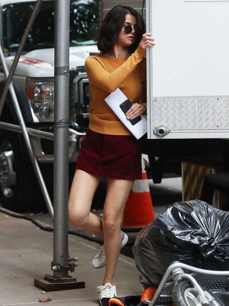 Selena Gomez Leaves Film Trailer in New York City 09/14/2017-1
