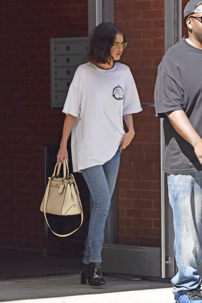 Selena Gomez Was Seen Out in NYC 09/21/2017-1