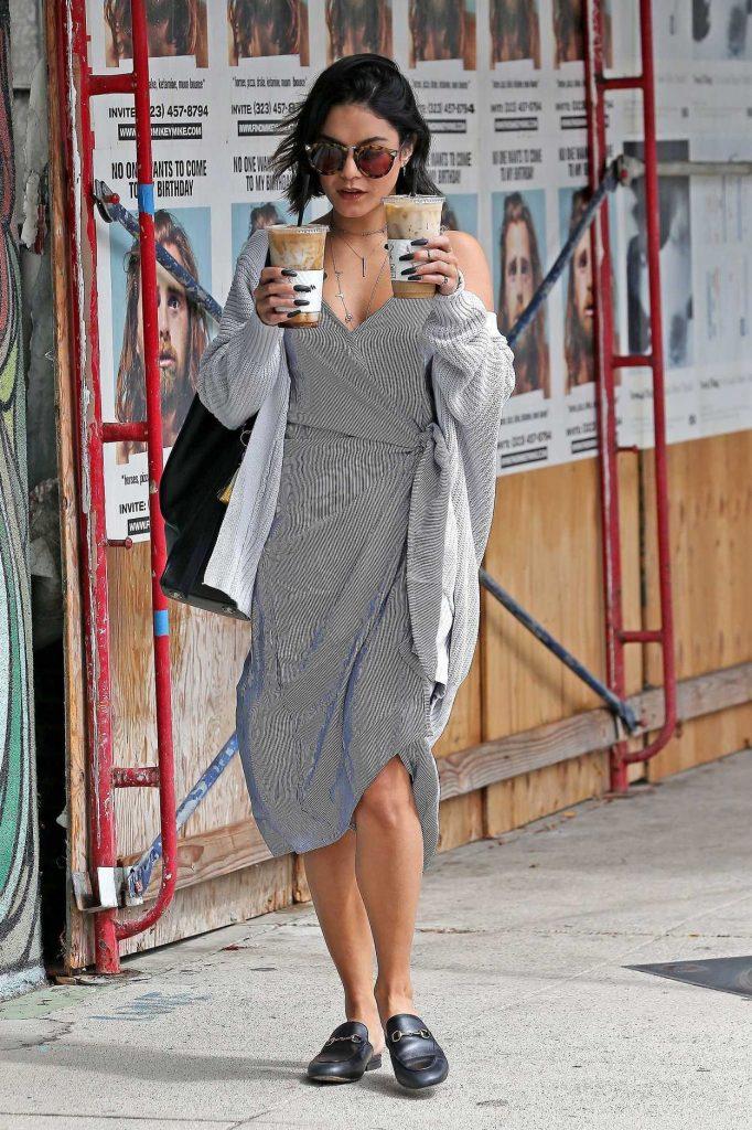 Vanessa Hudgens Was Seen Out in Studio City 09/14/2017-1