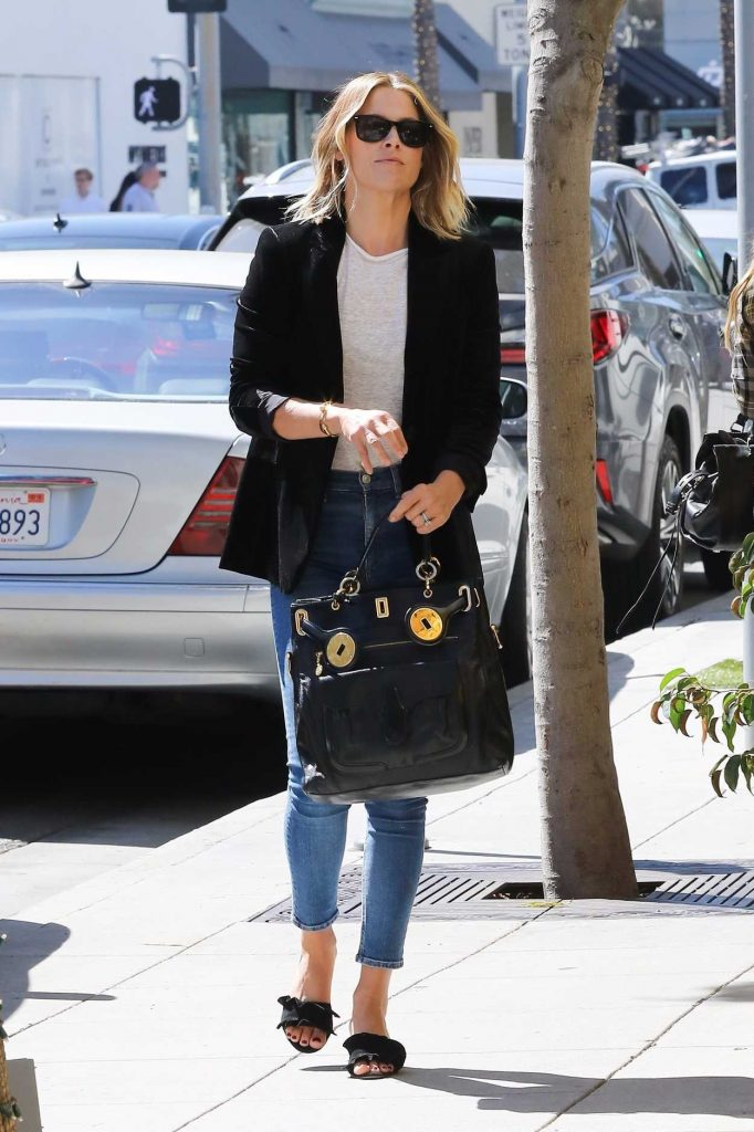 Ali Larter Grabs Lunch at M Cafe in Beverly Hills 10/07/2017-4