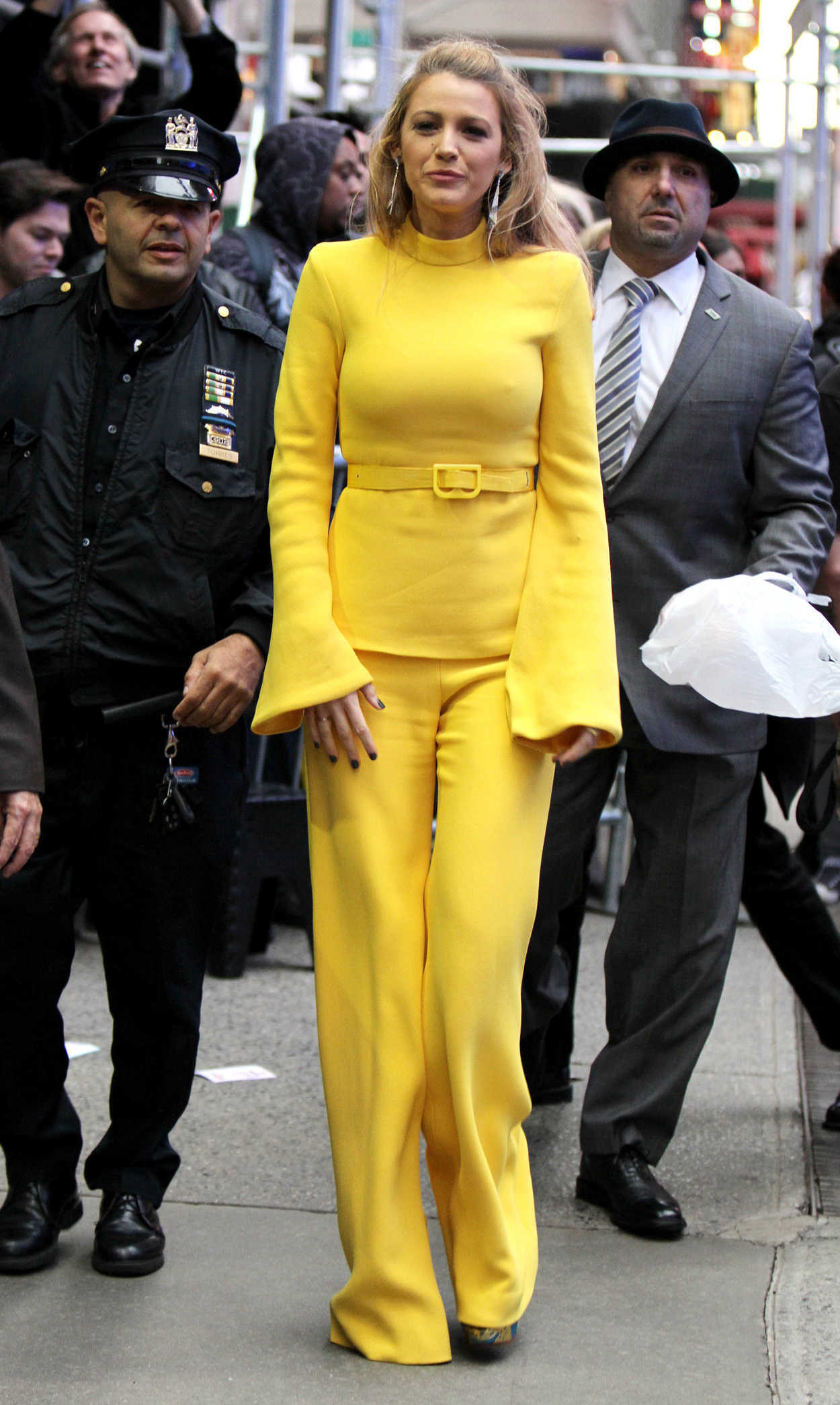 Good Morning America Gossip : Blake lively visits good morning america in nyc