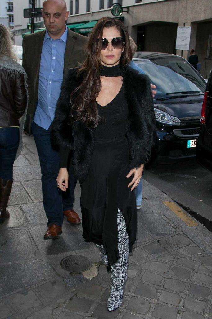 Cheryl Fernandez-Versini Was Seen Out in Paris 10/01/2017-2