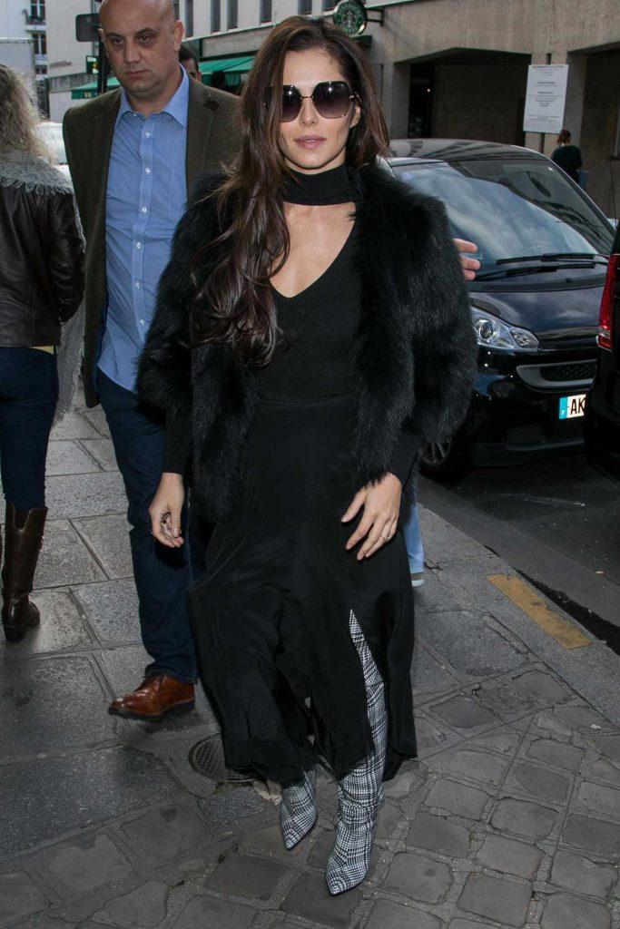 Cheryl Fernandez-Versini Was Seen Out in Paris 10/01/2017-4