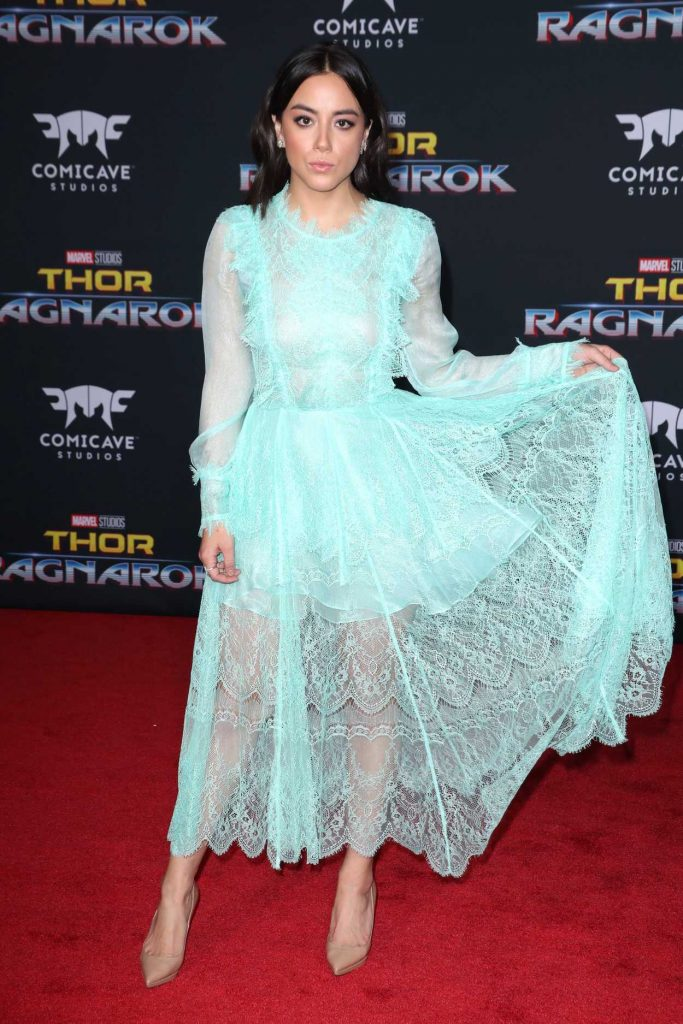 Chloe Bennet at the Thor: Ragnarok Premiere in Los Angeles 10/10/2017-3