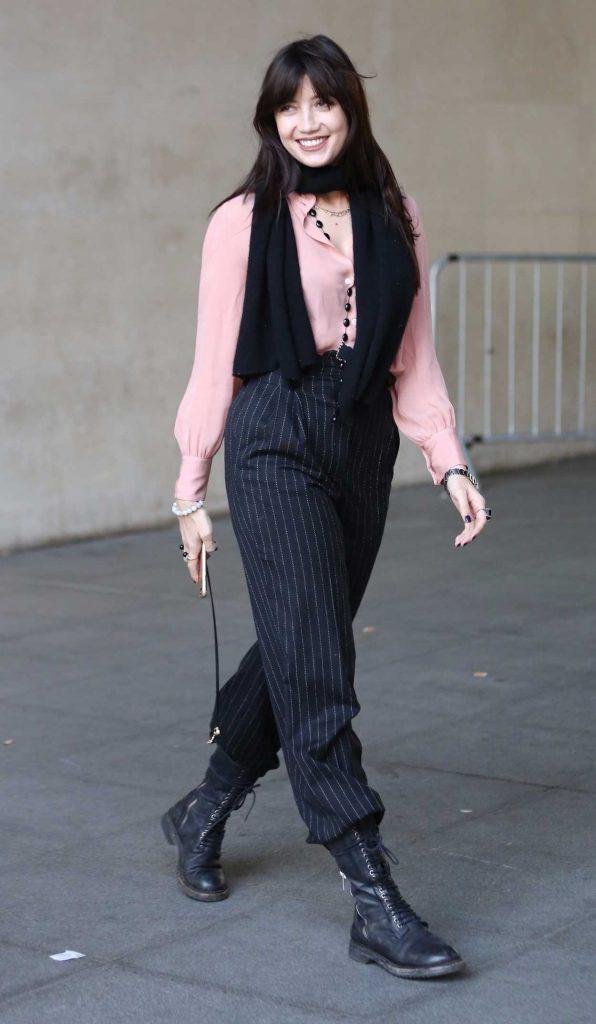 Daisy Lowe Arrives at BBC Radio Studios in London 10/15/2017-1